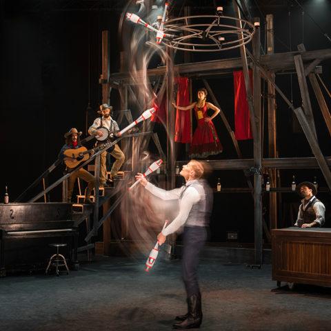 Tollwood Theater - Cirque Éloize 'Saloon'