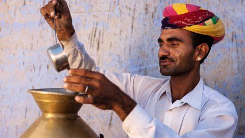 Indischer Mann