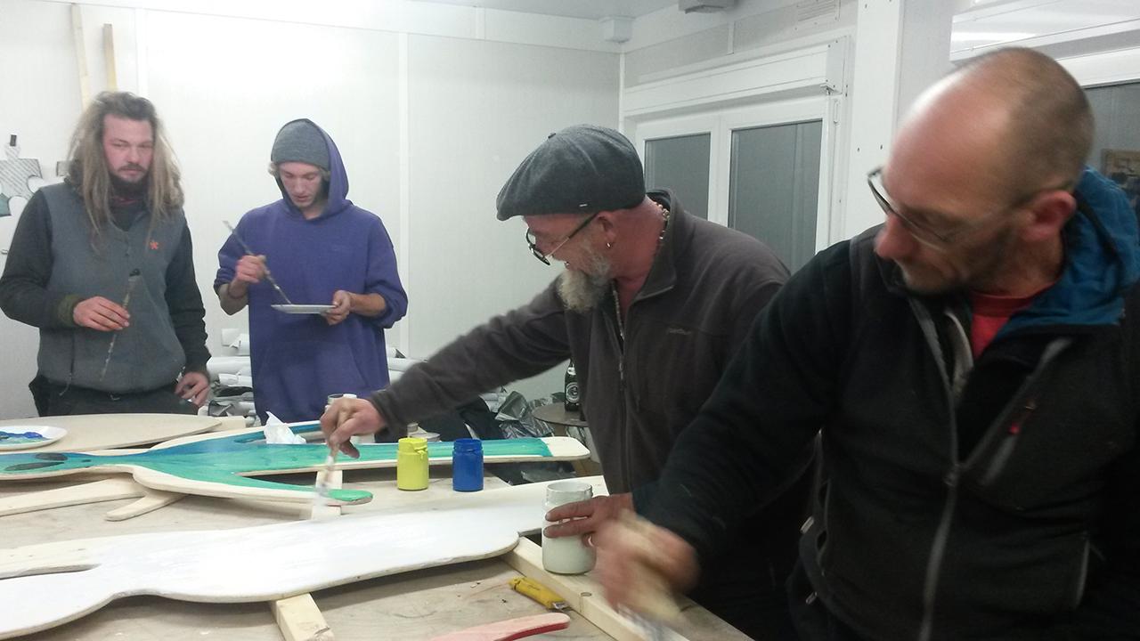 Bau- und Gestaltungs-Crew des Tollwood Festivals