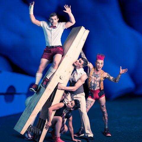 Circus Oz Tollwood Winterfestival 2018