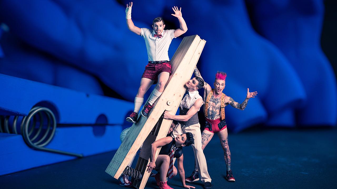 Weihnachtsfeier Zirkus.Veranstaltung Circus Oz Model Citizens Tollwood München