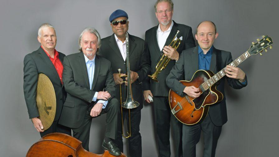 The Hot Stuff Jazzband Andechser Zelt Konzert Veranstaltung Tollwood Muenchen