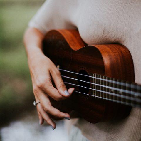 Gitarre Kinder Veranstaltung Tollwood Sommerfestival 2019